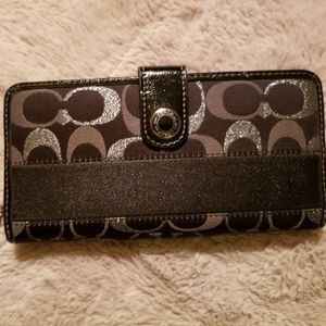 Signature Coach wallet, like new